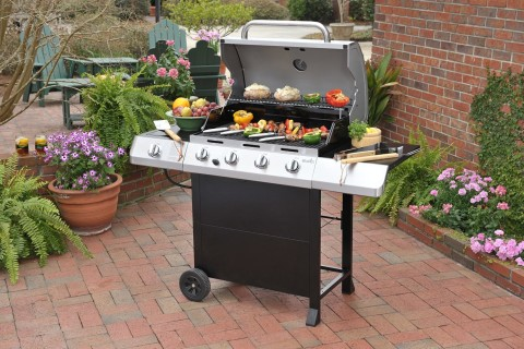 Review of Char-Broil 4 Burner Classic Gas Grill